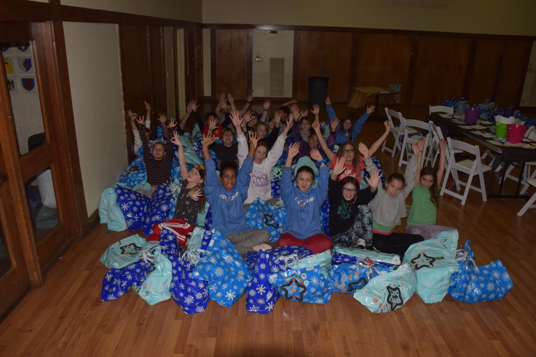 Photo: Holiday Workshop: 5th Grade